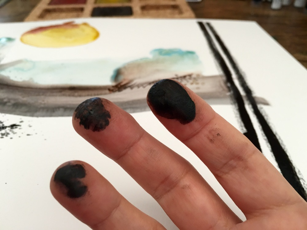 ArtGraf water soluble tailor chalk, black carbon on fingers