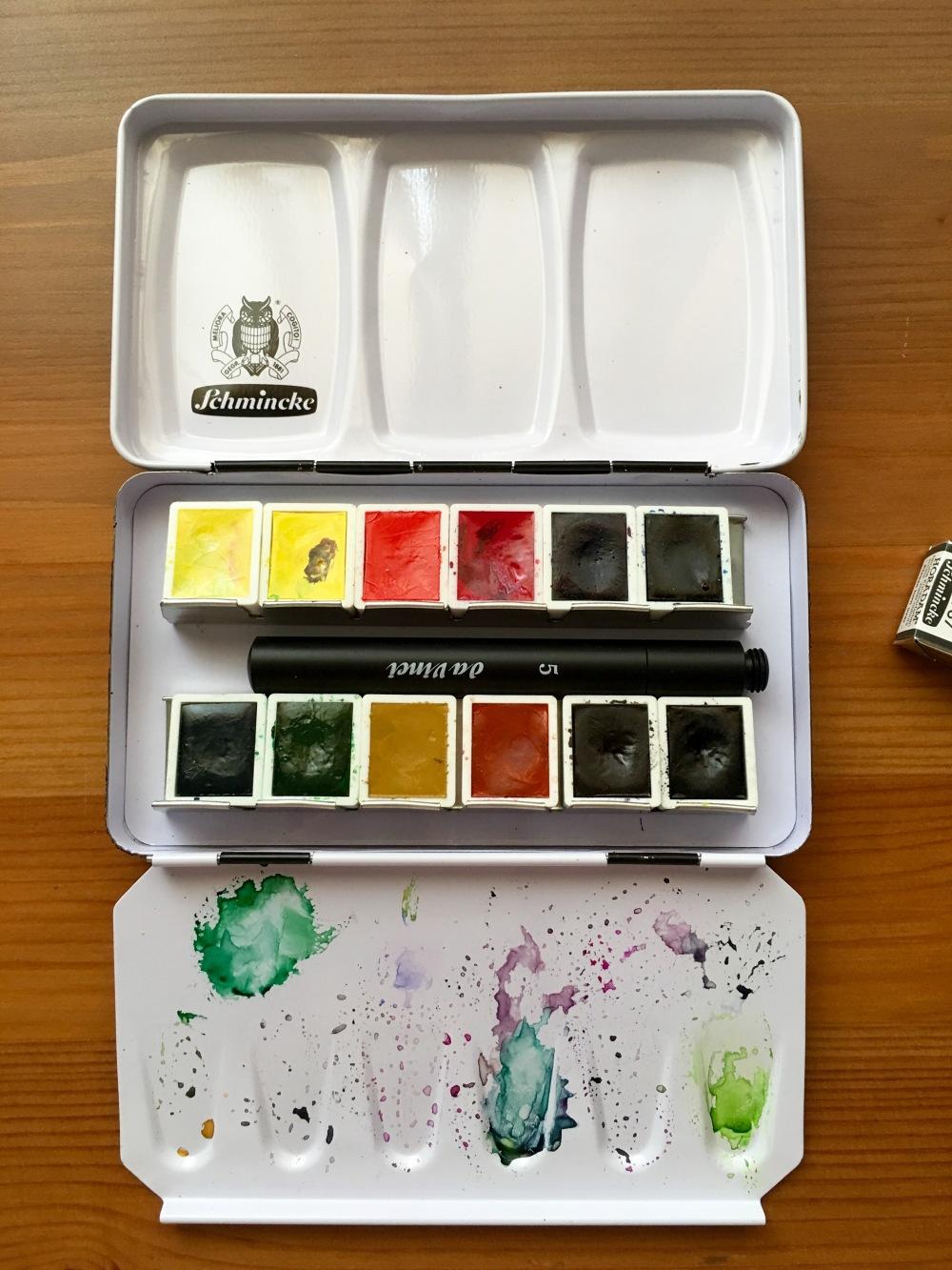 Schmincke metal watercolor travel palette with a da vinci size 5 travel brush