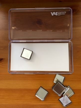 Artbin slim line magnetic case watercolor travel palette with metal pans