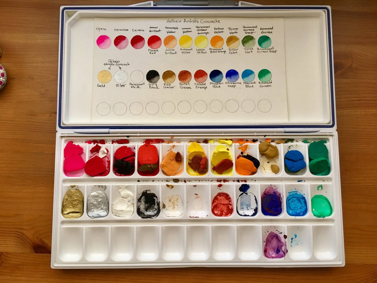 holbein artists gouache set of 18 5ml tubes in a mijello mission palette